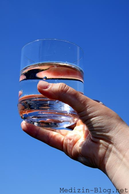 viel Wasser trinken zum Entschlacken